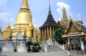 Bangkok:  Temples, Tips, and How to avoid Scams